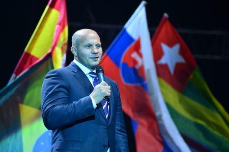 9 декабря участников и зрителей Суперкубка России лично поприветствует легендарный боец ММА Федор Емельяненко