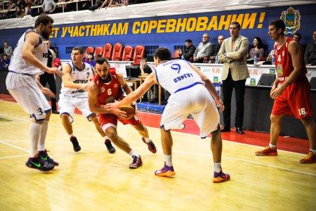 Волевая победа «Университета-Югры» над «Спартаком-Приморье»