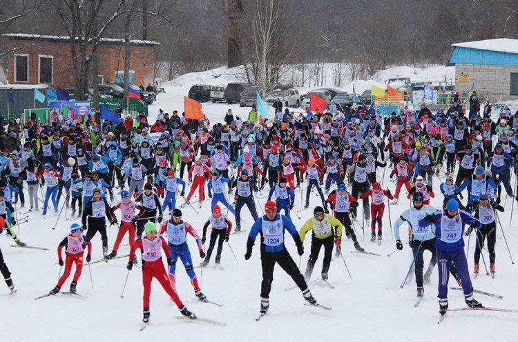 1200 приморцев вышли на старт «Лыжни России-2017»