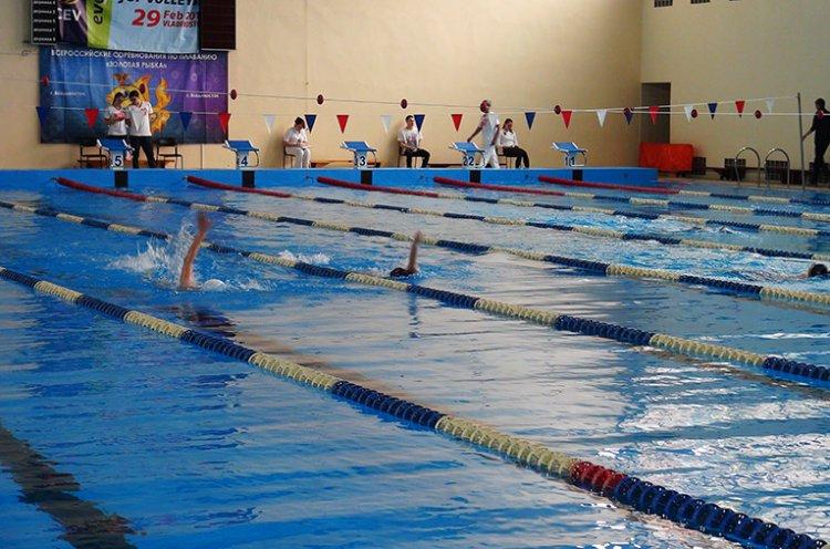 Столица Приморья принимает дальневосточные соревнования по плаванию «Золотая рыбка»