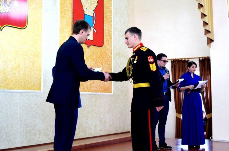 Церемония вручения золотых знаков отличия ГТО прошла в Уссурийске