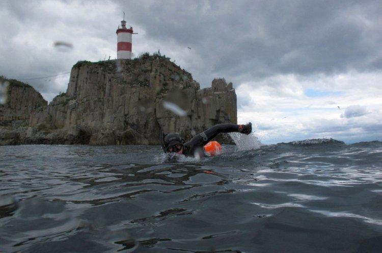 Приморские пловцы провели тренировочный заплыв в Уссурийском заливе
