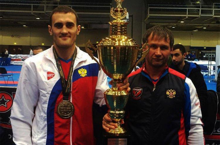Александр Захаров стал двукратным чемпионом мира по кикбоксингу