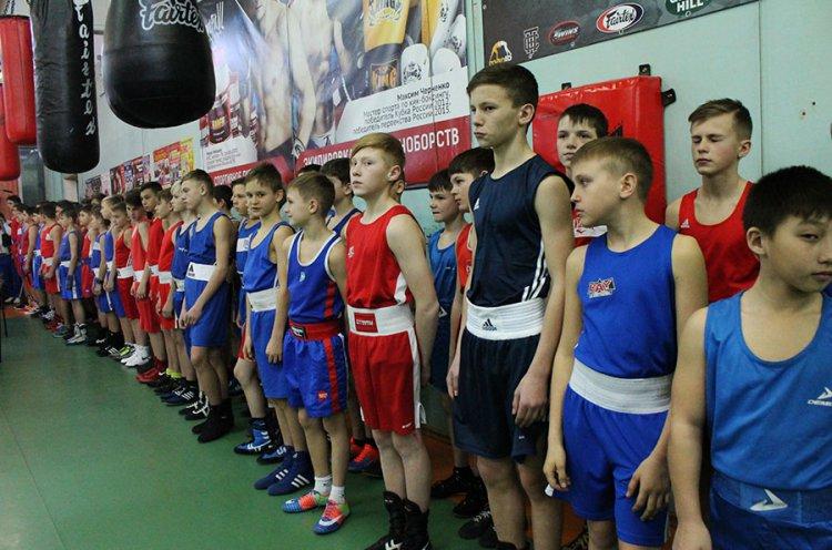 Юные боксеры Дальнего Востока сразятся за награды во Владивостоке