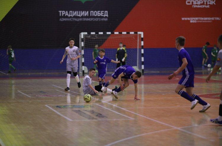 Юные футболисты из Приморья и Магаданской области вышли в финал соревнований «Будущее зависит от тебя»