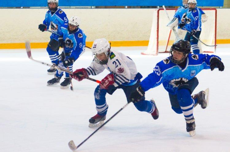 Юные хоккеисты «Полюса» взяли реванш над «моряками»
