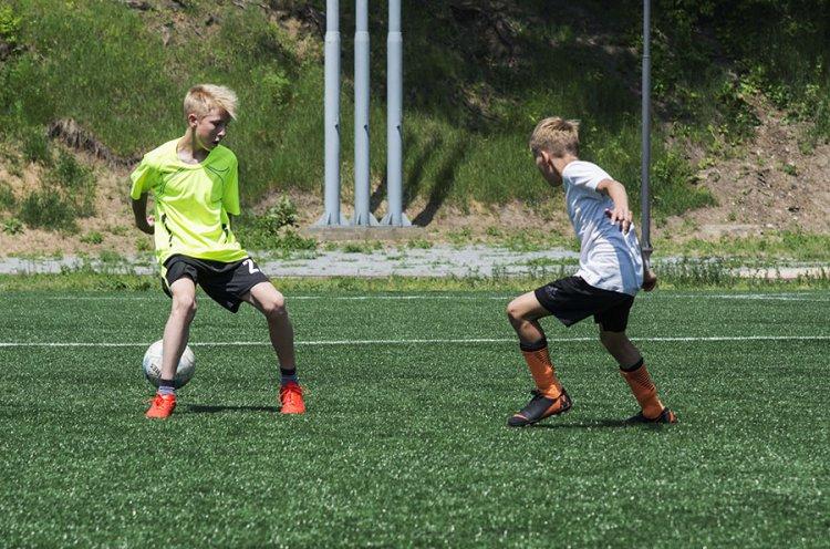 В Партизанске прошел детский футбольный турнир