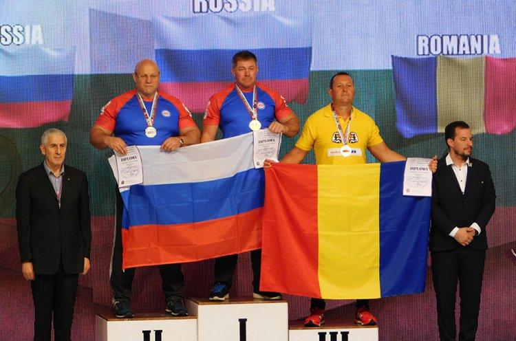 Атлет из Владивостока завоевал титул чемпиона Европы по армлестлингу