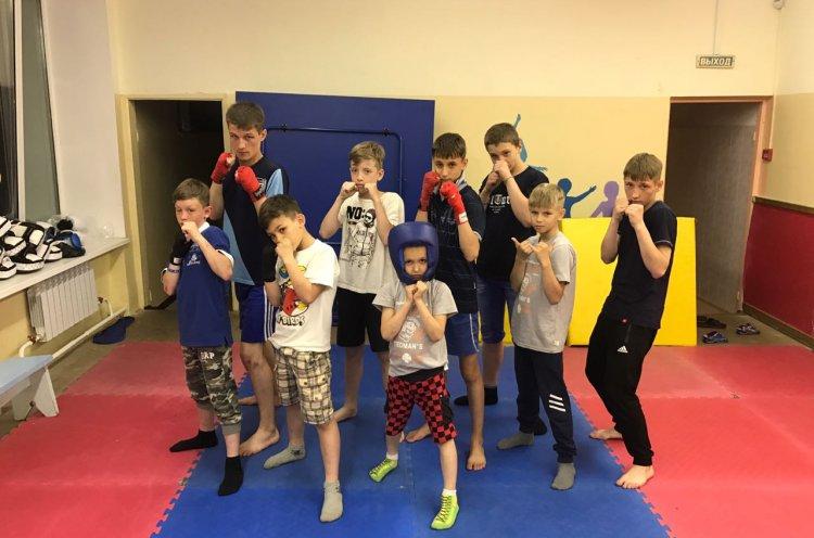 Воспитанники детского дома занимаются спортом в рамках проекта «Шаг вперед»