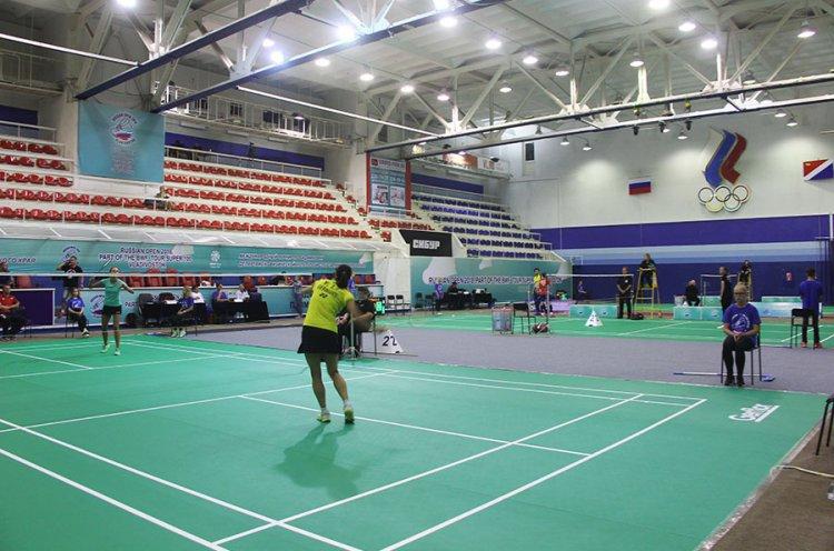 Борьба на международном турнире по бадминтону Russian Open 2018 набирает обороты