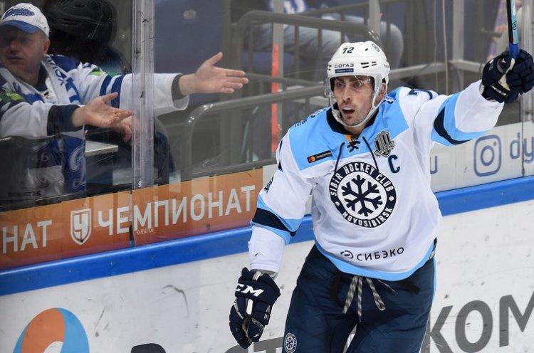 «Адмирал» подписал контракт с двукратным обладателем Кубка Гагарина