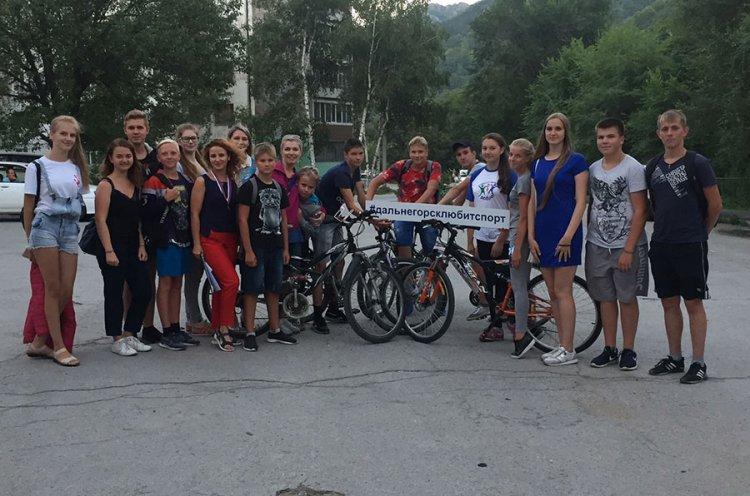 День физкультурника в Дальнегорске отметили велопробегом