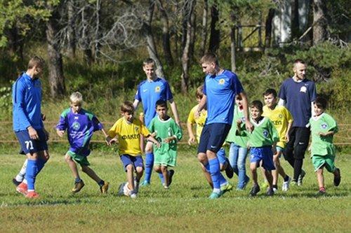 «Луч» провел в Спасске-Дальнем мастер-класс для юных футболистов