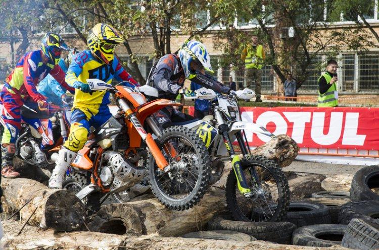 Кубок России по эндуро на мотоциклах проходит во Владивостоке