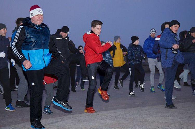 8 декабря «Зарядка с чемпионами»! #Приморье за спорт!