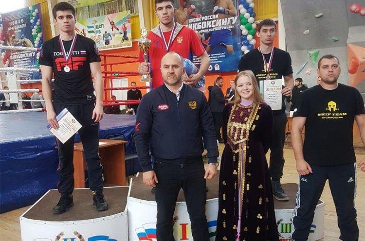 Три «золота» и одну «бронзу» выиграли приморские кикбоксеры на Кубке России