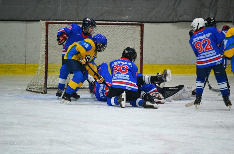 Команда «Полюс 2006» - победитель краевого турнира «Золотая шайба – 2019»