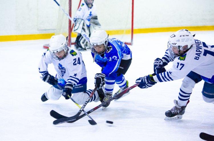 В Приморье завершились очередные 11 матчей серии плей-офф Первенства ЮХЛ