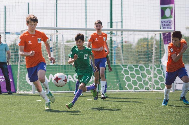 За путевку в Сочи в турнире по мини-футболу «Будущее зависит от тебя» сразятся15 команд детских домов Дальнего Востока и Сибири