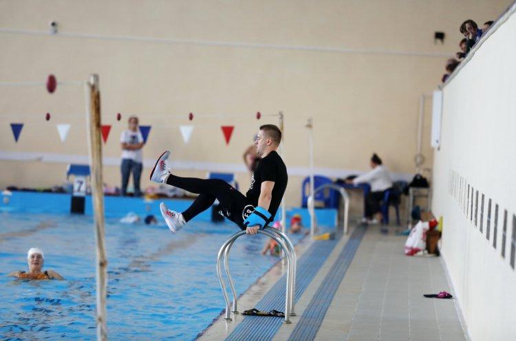 В спорткомплексе «Олимпиец» прошел благотворительный аквамарафон