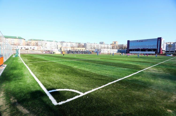 Более 800 детей смогут заниматься на реконструированном стадионе «Строитель» во Владивостоке