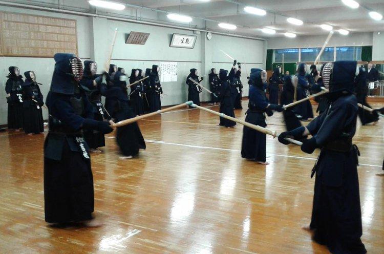 Приморские кендоисты набираются опыта в Японии