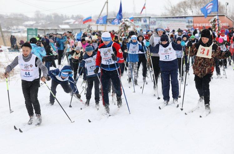 Лыжный старт в Черниговском районе собрал более 300 участников