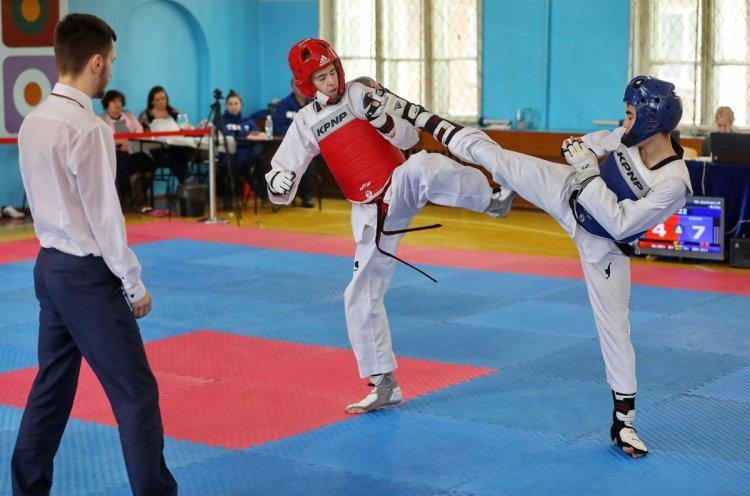 Во Владивостоке прошли чемпионат и первенство Приморья по тхэквондо