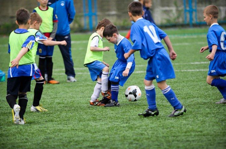 Юных футболистов приглашают записаться в секцию