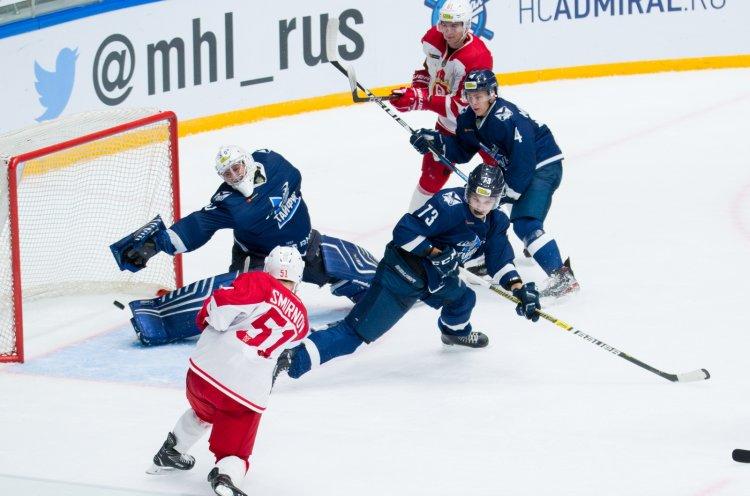 «Тайфун» провел второй матч против «Русских Витязей»