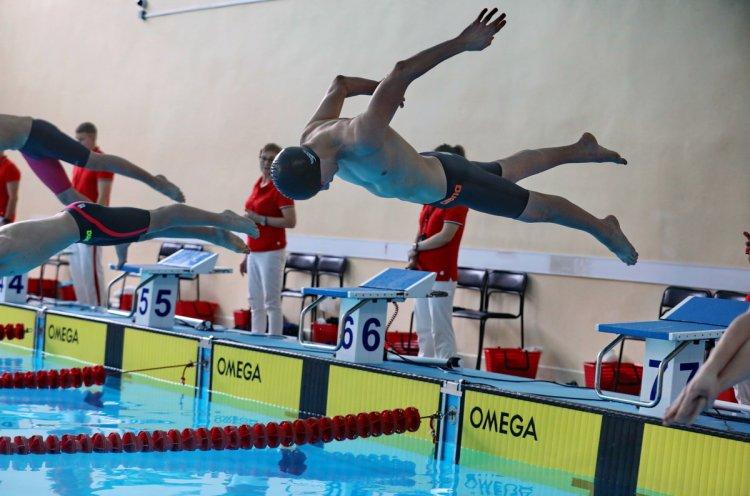 Бассейн спорткомплекса «Олимпиец» открывается для всех желающих