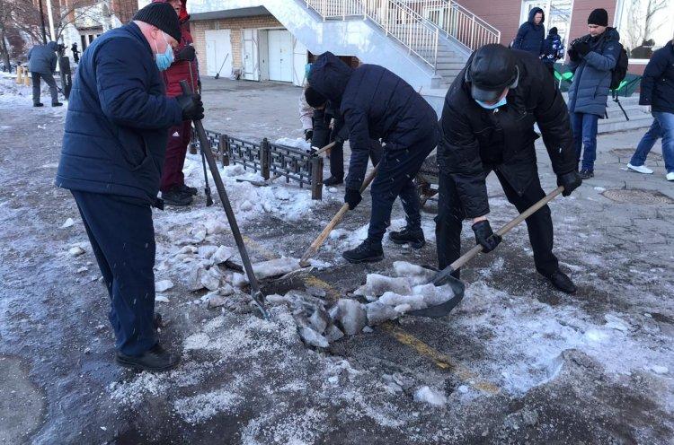 Спортсмены Приморья присоединились к общегородскому субботнику
