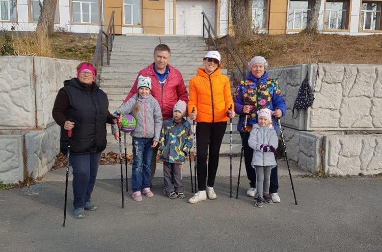 Общественная организация «Твой ЗОЖ» проведет бесплатные занятия по скандинавской ходьбе в декабре