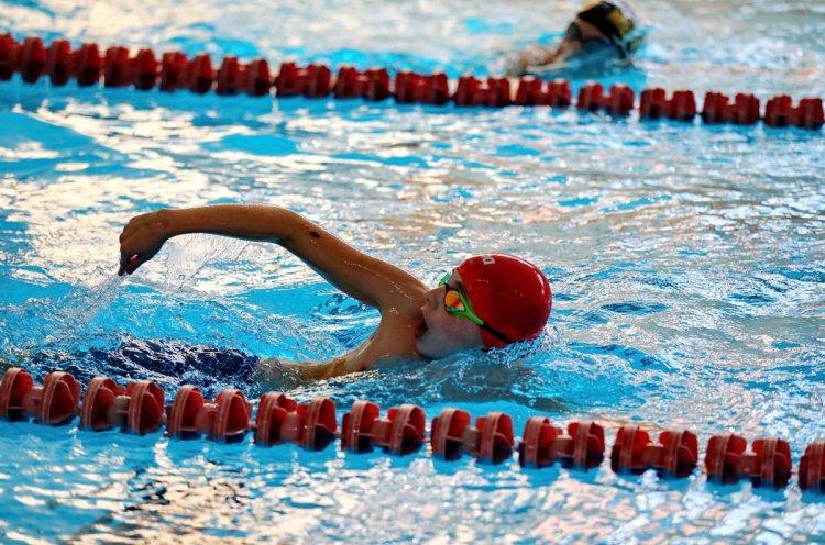 Подведены итоги краевых соревнований по плаванию