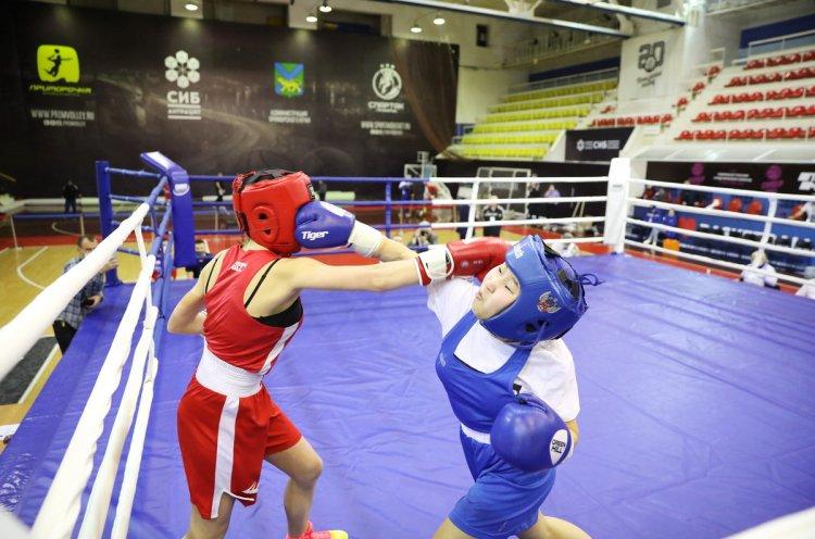 «Приморские тигрицы» отстаивают честь края на первенстве Дальнего Востока по боксу