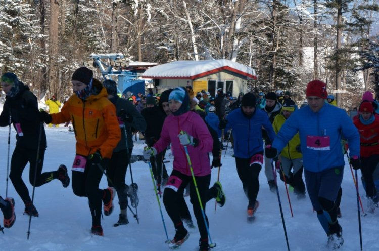 Традиционные соревнования по скайраннингу «Январские обгонялки» состоялись в Шкотовском районе