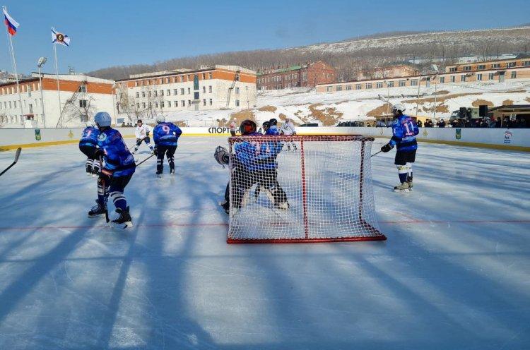 Спортивные выходные в Приморье – день зимних видов спорта, настольный теннис и ММА