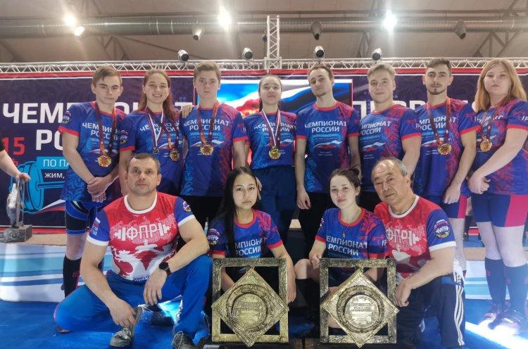 Приморские пауэрлифтеры завоевали медали первенства России
