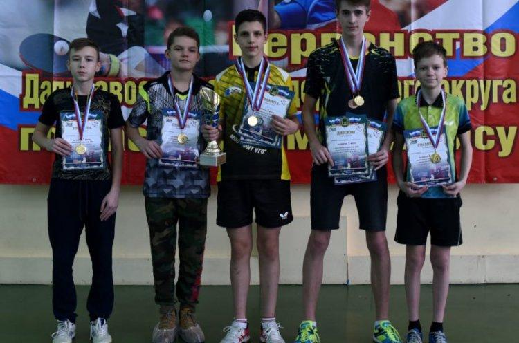 Десять медалей завоевали приморцы на первенстве ДФО по настольному теннису