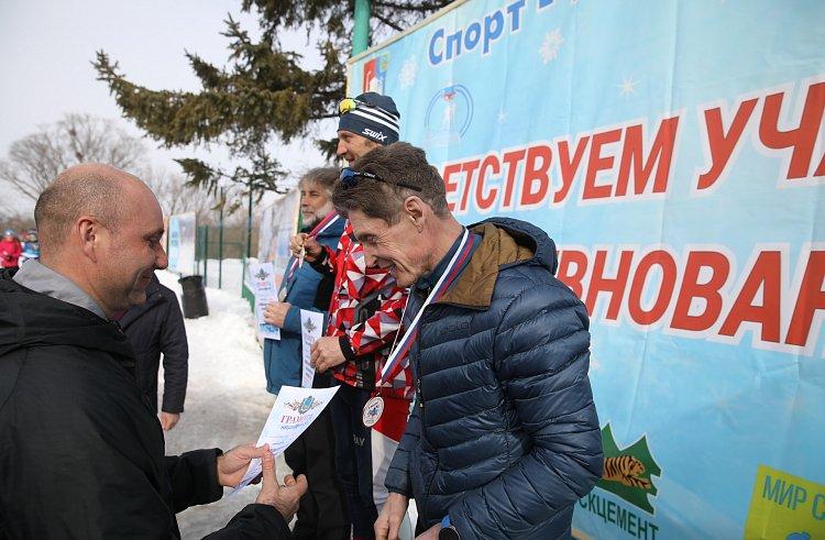 Олег Кожемяко занял призовое место в лыжном марафоне в Приморье