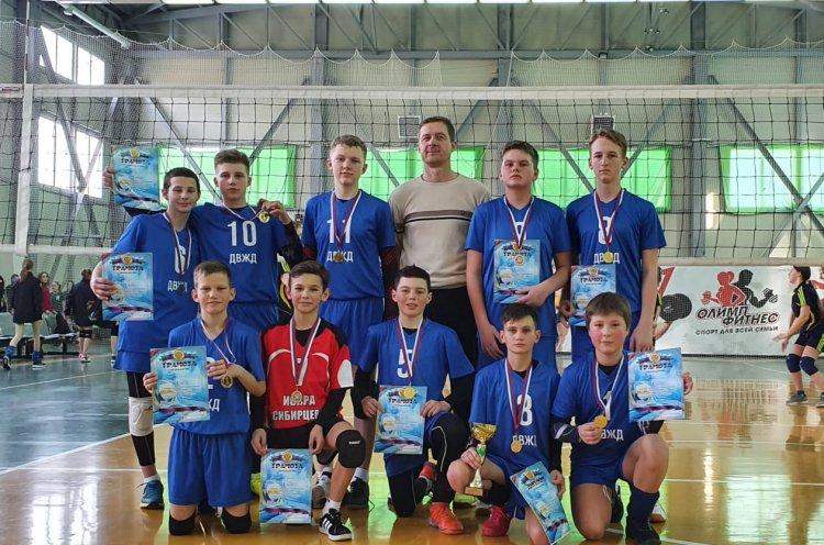 Команды Черниговского района – триумфаторы краевых соревнований по волейболу «Серебряный мяч»