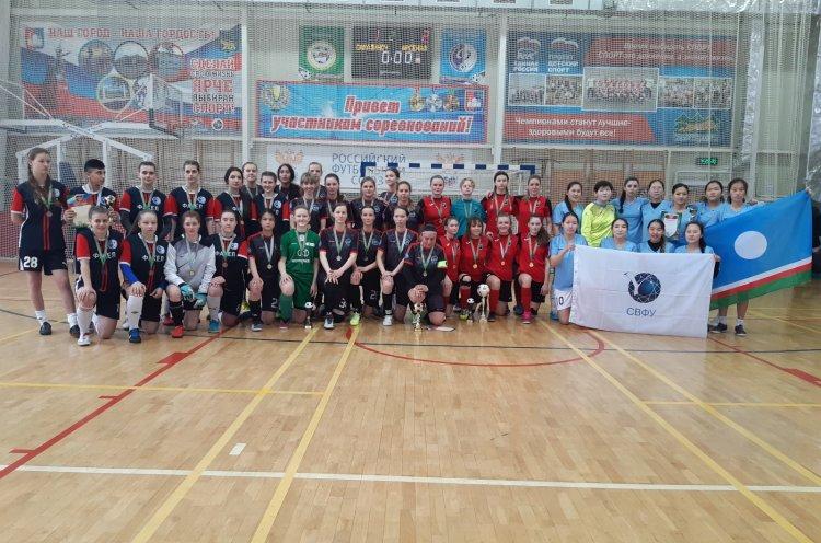 Приморские футболистки заняли третье место на чемпионате Дальнего Востока
