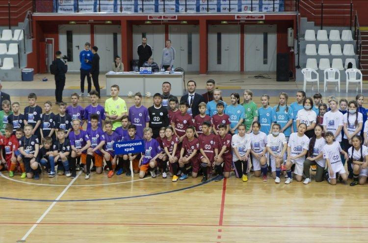 Три команды из Приморья отобрались на всероссийский финал проекта «Мини-футбол в школу»