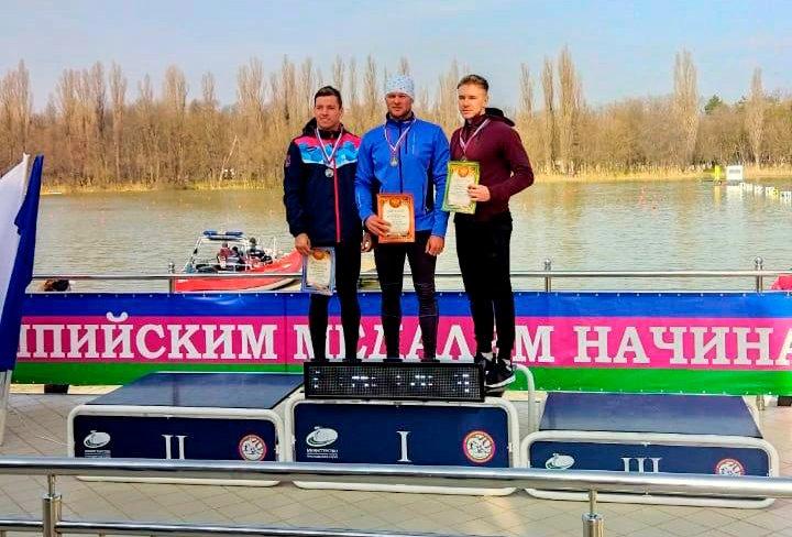 Первые российские старты завершились победами приморских гребцов