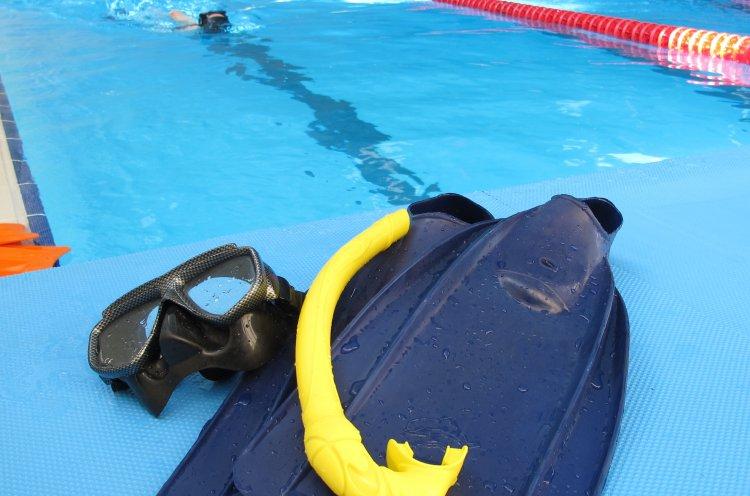 Федерация подводного спорта проводит набор детей в секцию плавания в ластах
