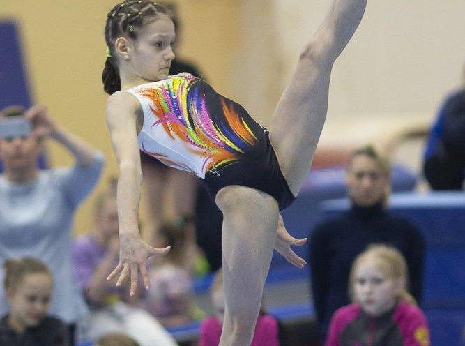 Юная гимнастка из Приморья выступила на первенстве России