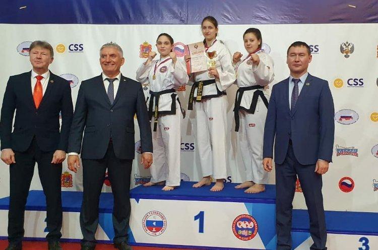 Приморские тхэквондистки завоевали 12 медалей на Кубке России