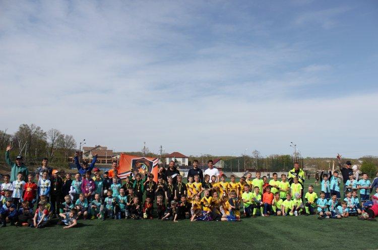 Футбольный фестиваль «Победа» собрал детские команды из шести районов Приморья