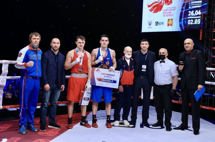 Приморцы встретились в финале чемпионата России по боксу