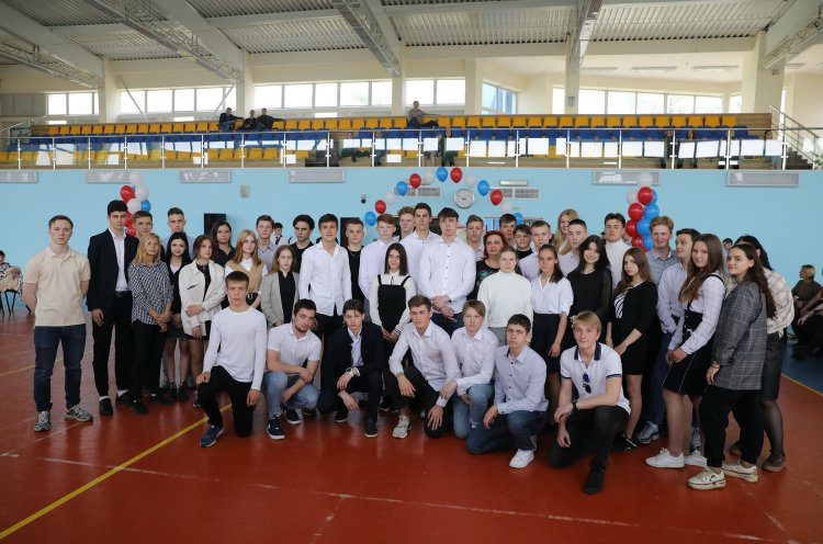 В Приморском училище олимпийского резерва прозвучал последний звонок